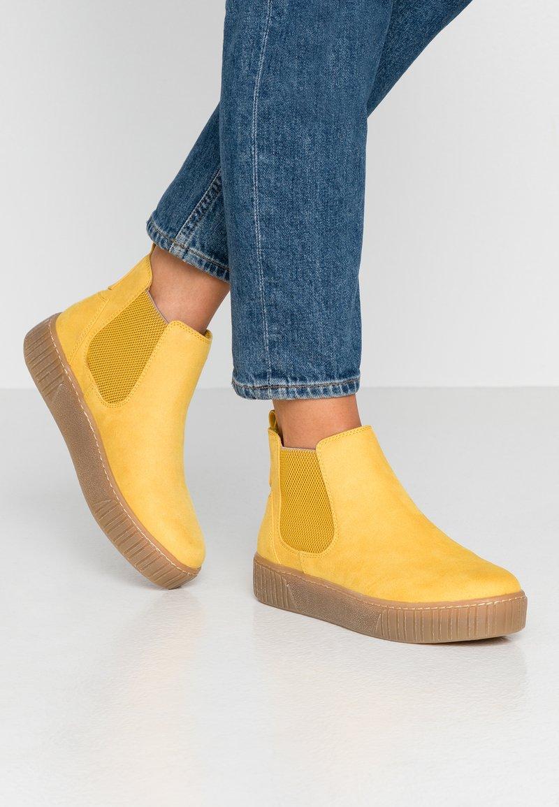 Marco Tozzi - Kotníková obuv - yellow