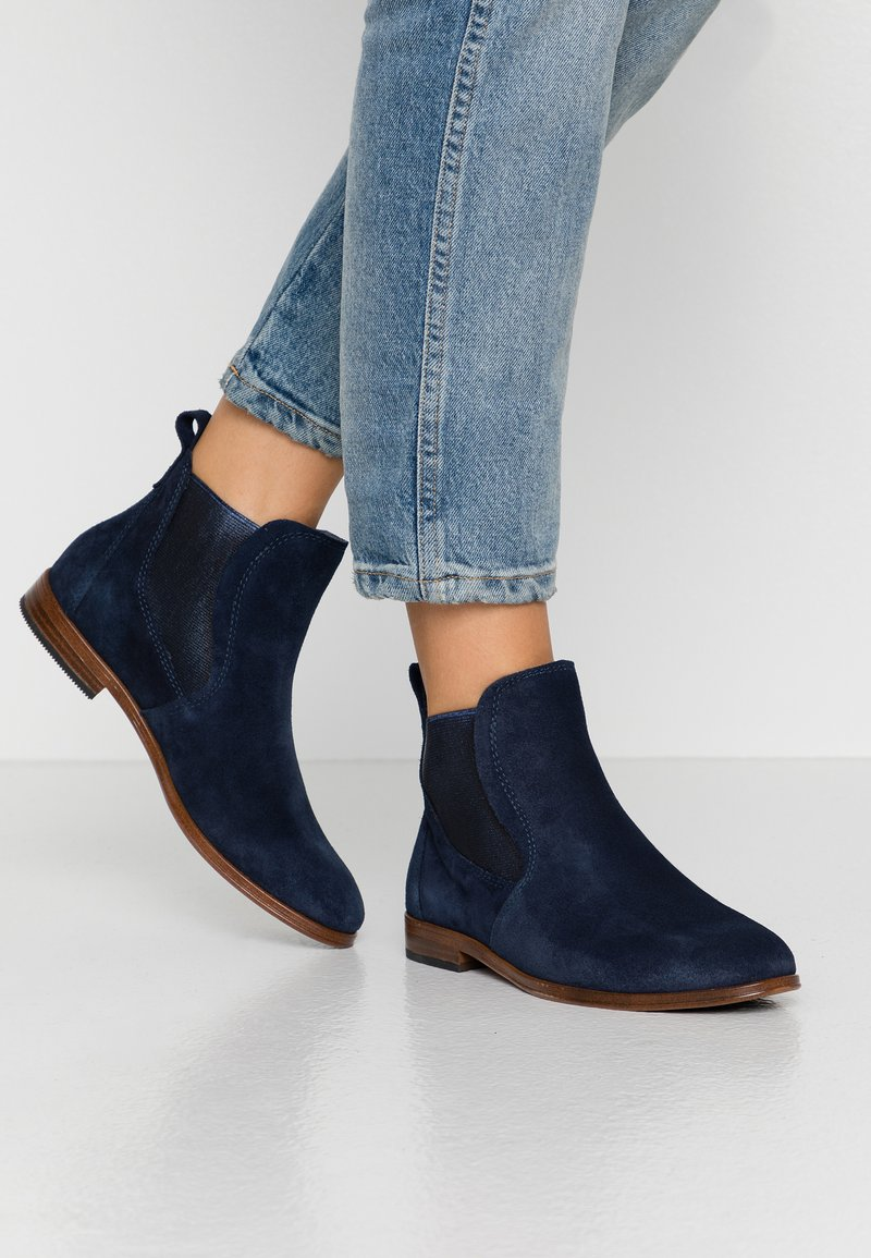 Marco Tozzi - Ankle boot - navy