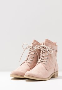Marco Tozzi - Lace-up ankle boots - rose - 4