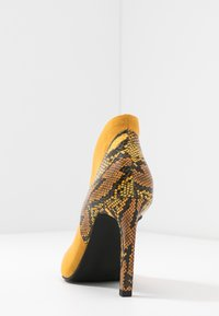 Marco Tozzi - High heeled ankle boots - saffron - 5