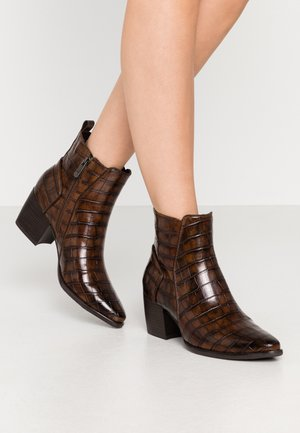 Boots à talons - chestnut