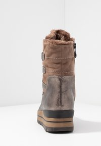 Marco Tozzi - Zimní obuv - tobacco - 5