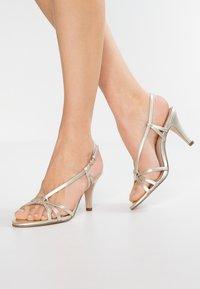 mint&berry - Sandals - gold - 0