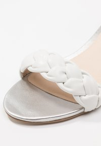 mint&berry - Wedge sandals - white - 2