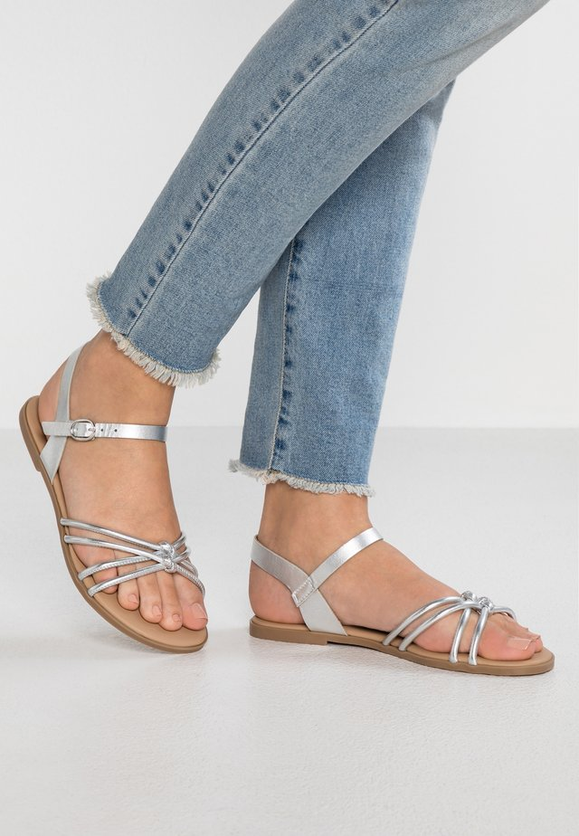 Sandalen - silver