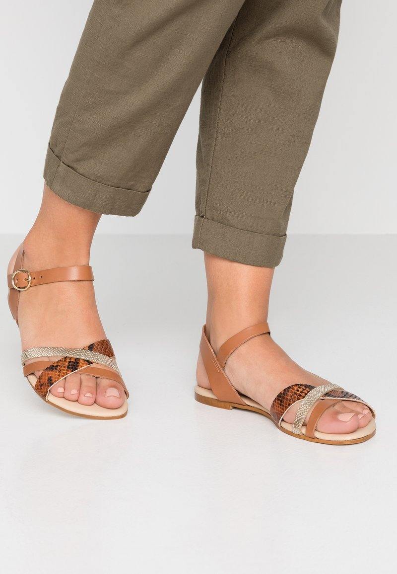 mint&berry - Sandals - brown