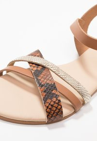 mint&berry - Sandals - brown - 2