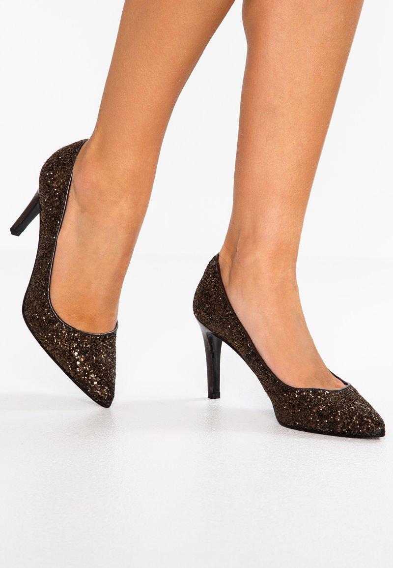 mint&berry - High heels - gold