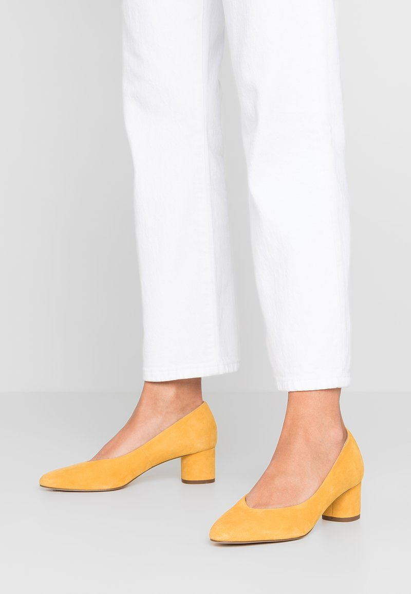 mint&berry - Pumps - yellow
