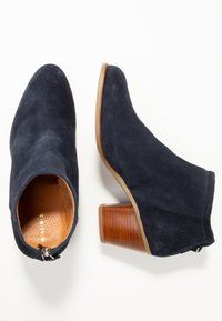 mint&berry - Ankle boots - dark blue - 3