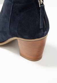 mint&berry - Ankle boots - dark blue - 2