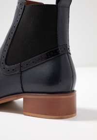 mint&berry - Classic ankle boots - dark blue - 2