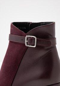 mint&berry - Kotníkové boty - bordeaux - 2