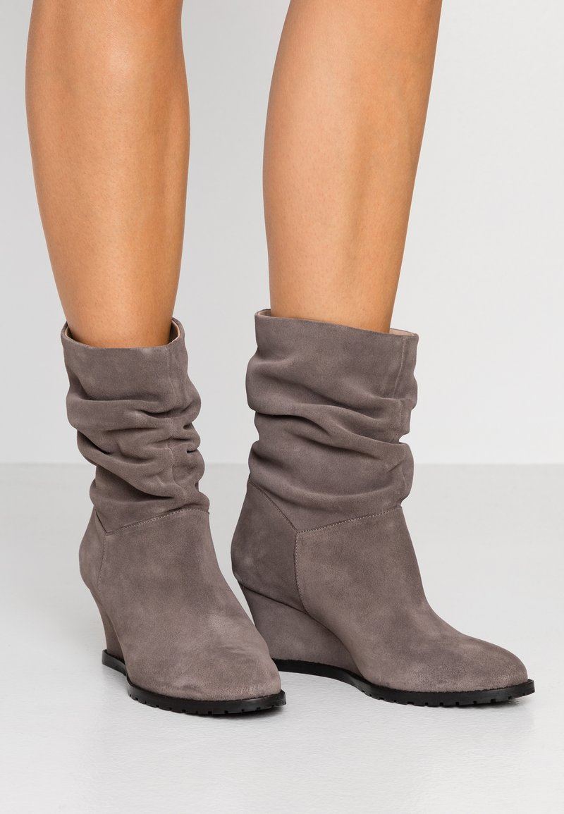 mint&berry - Classic ankle boots - taupe