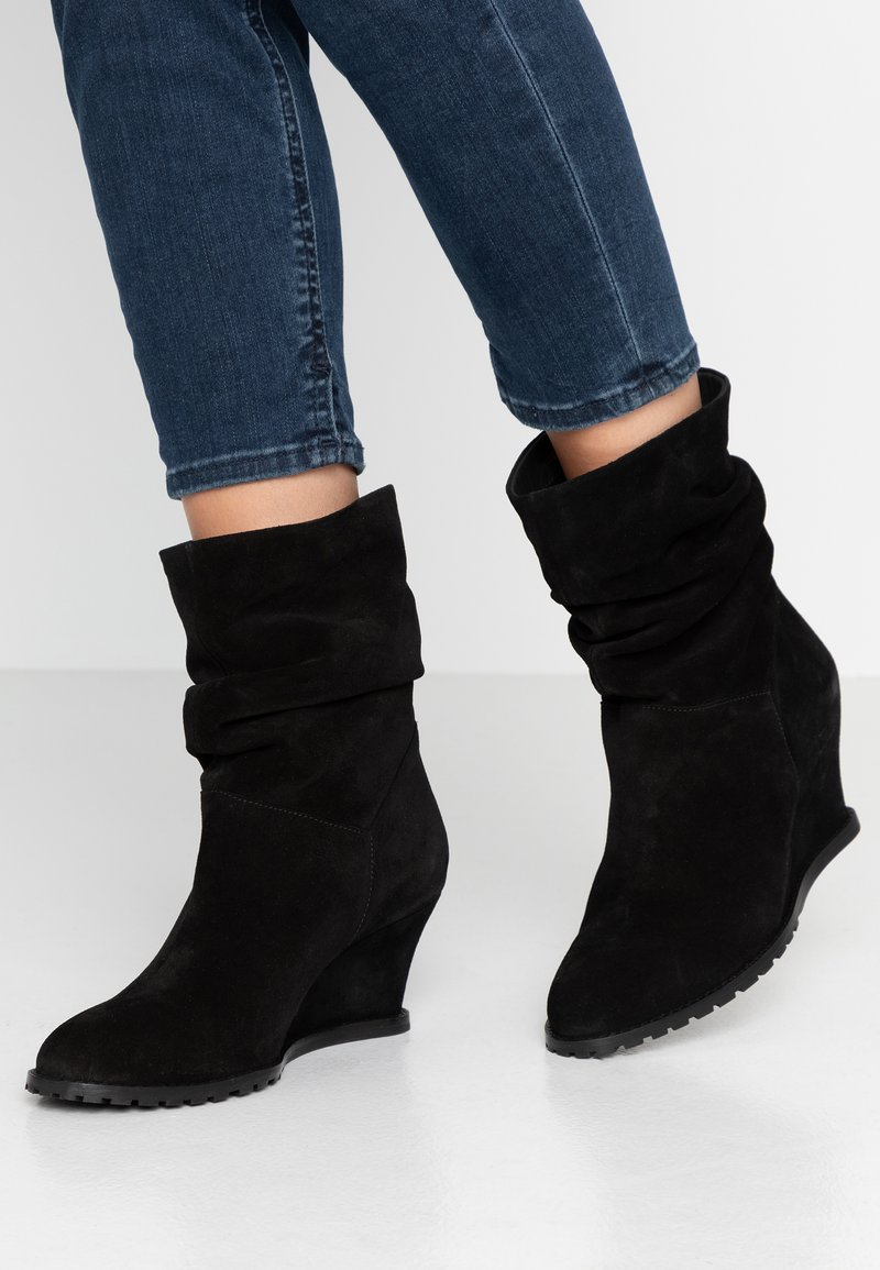 mint&berry - Wedge Ankle Boots - black