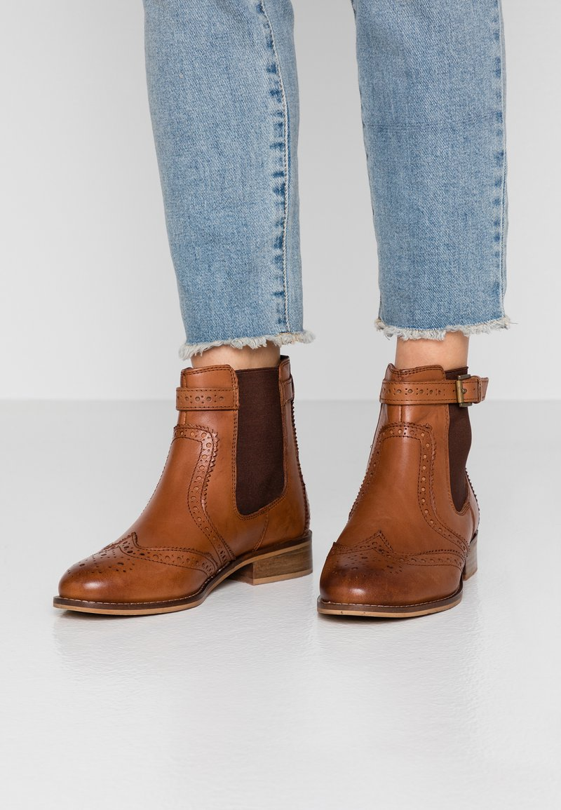 mint&berry - Classic ankle boots - cognac