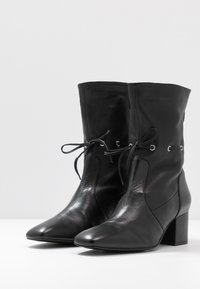 mint&berry - Classic ankle boots - black - 4