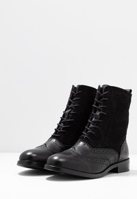 mint&berry - Lace-up ankle boots - black - 4