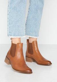 mint&berry - Ankle boots - cognac - 0