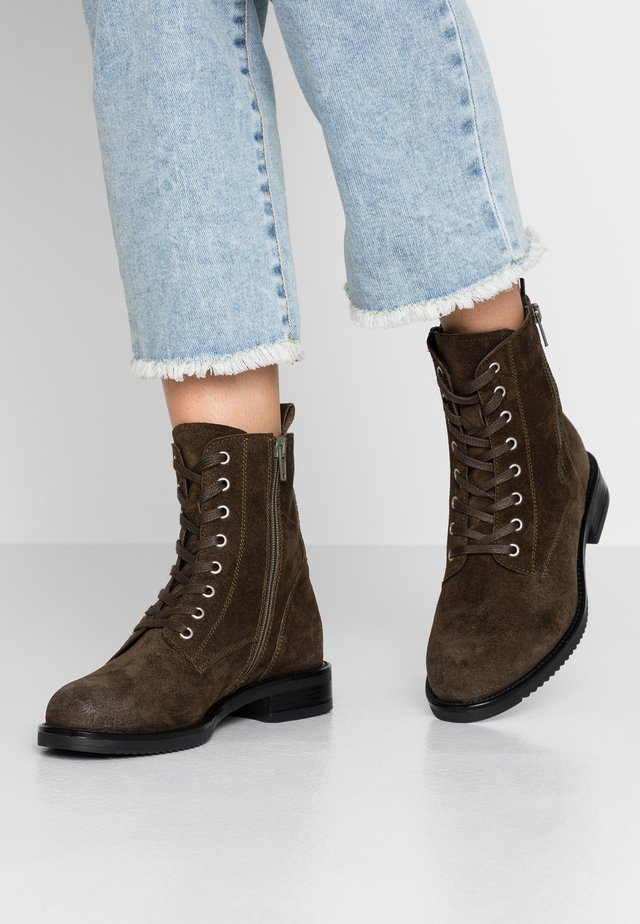 Lace-up ankle boots - khaki