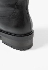 mint&berry - Vysoká obuv - black - 2