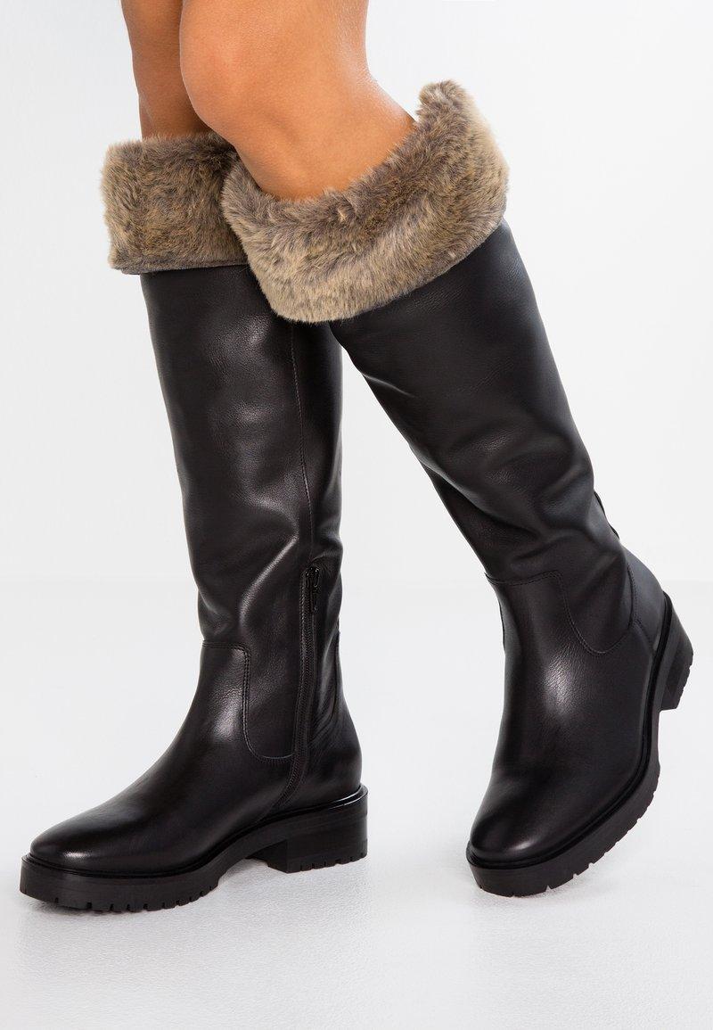 mint&berry - Vysoká obuv - black