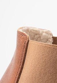 mint&berry - Winter boots - cognac - 2