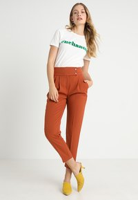 mint&berry - Trousers - brown - 1