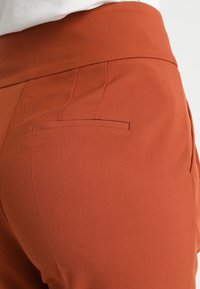 mint&berry - Trousers - brown - 3