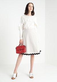mint&berry - A-line skirt - lunar rock - 1