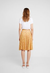mint&berry - A-line skirt - yellow - 2