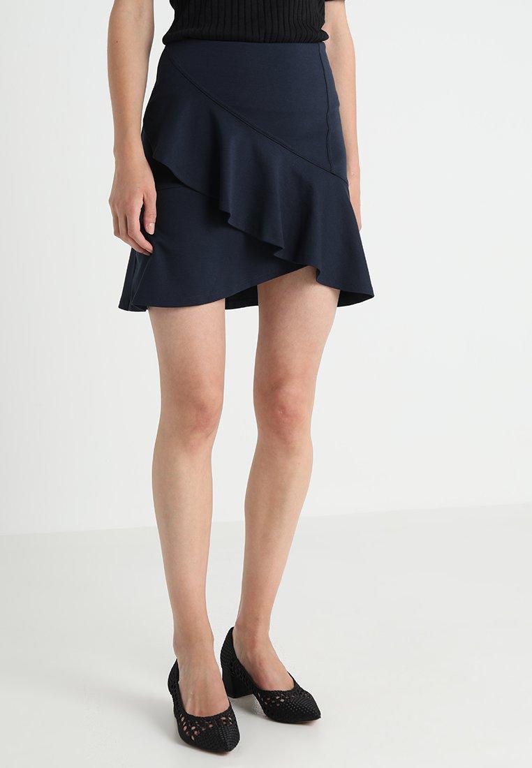 mint&berry - A-line skirt - navy blazer