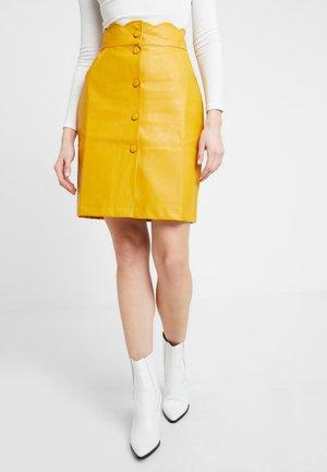 Kokerrok - mustard yellow