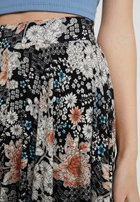 mint&berry - A-line skirt - white/black - 4