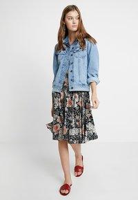 mint&berry - A-line skirt - white/black - 1