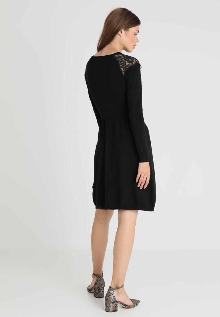 mint&berry Robe pull - noir black
