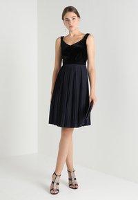 mint&berry - Koktejlové šaty/ šaty na párty - blue/black - 1