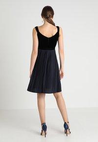 mint&berry - Koktejlové šaty/ šaty na párty - blue/black - 2