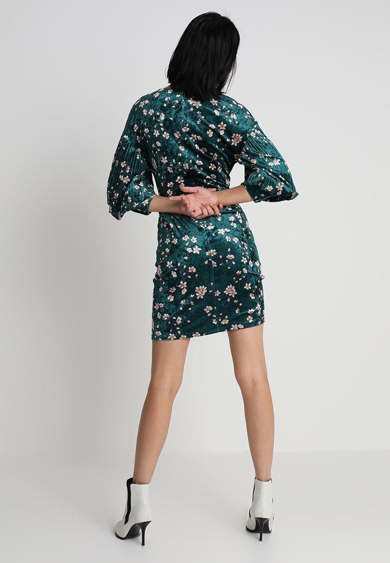 mint&berry Robe de soirée - vert foncé dark green