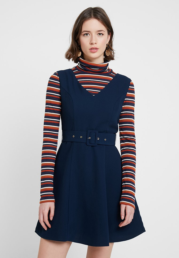 mint&berry - SLEEVELESS F&F DRESS WITH BELT / NA - Freizeitkleid - dunkelblau