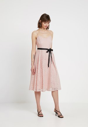 Cocktail dress / Party dress - peach whip