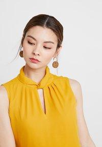mint&berry - Korte jurk - yellow - 5