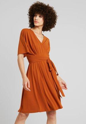 Jersey dress - caramel cafe