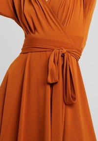 mint&berry - Jersey dress - caramel cafe - 5