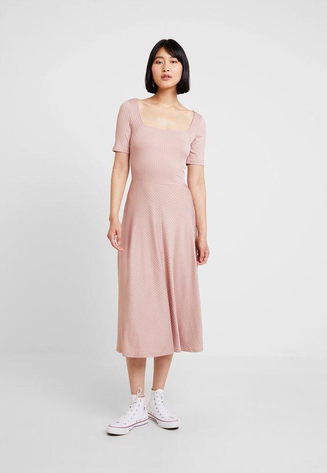Jersey dress - rose
