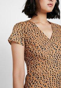 mint&berry - Day dress - beige - 6