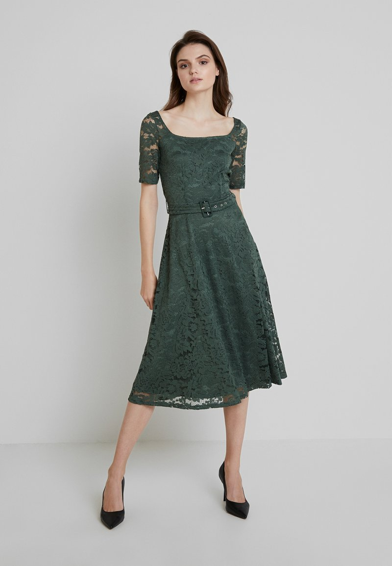 mint&berry - Vestido de cóctel - laurel wreath
