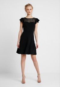 mint&berry - Vestido ligero - black - 2