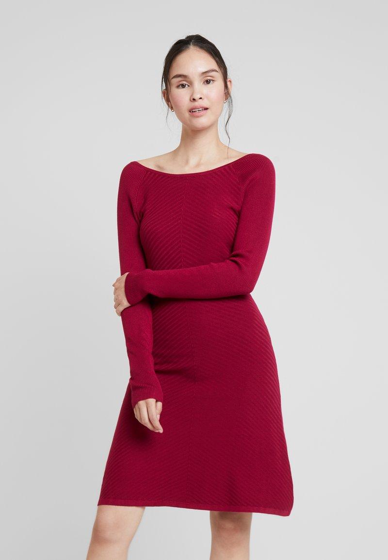 mint&berry - Jumper dress - beet red