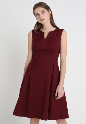 Day dress - windsor-wine